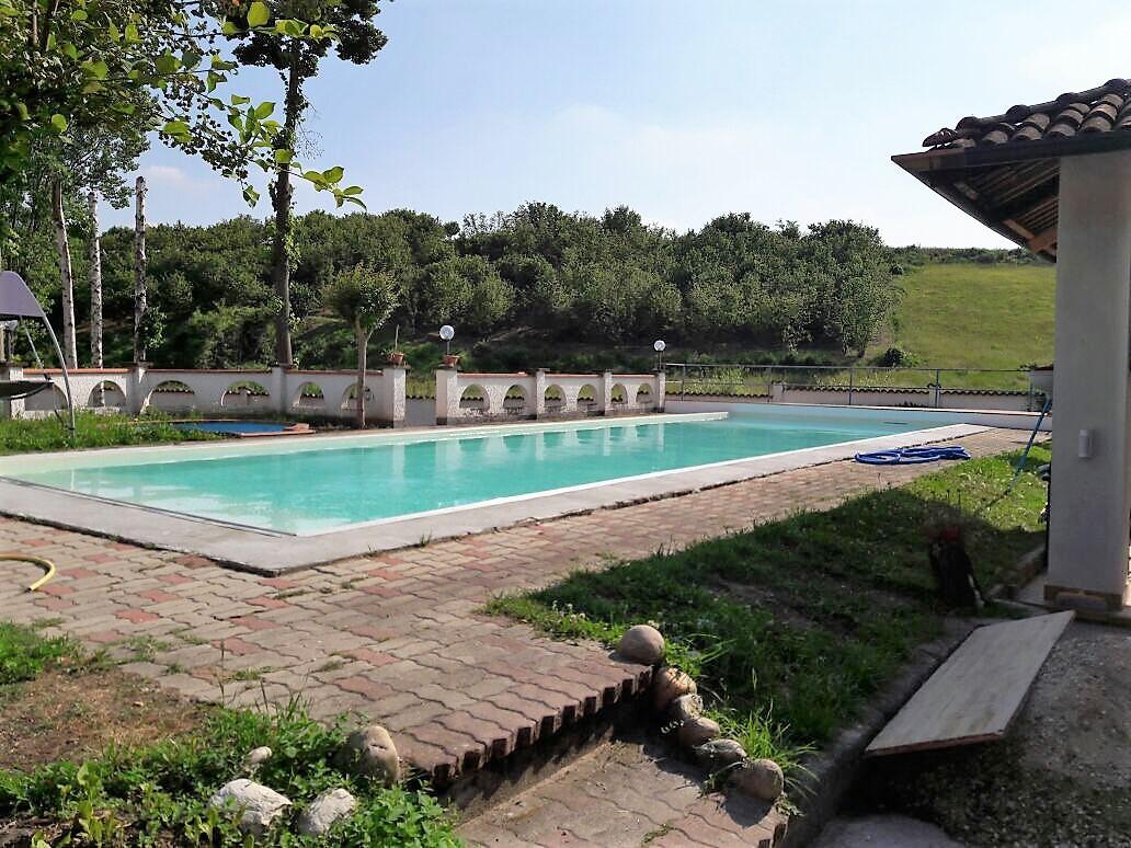 Ristrutturazione completa piscina in cemento armato - Costruzione piscina in cemento armato ...