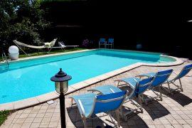 costruzione piscina interrata a forma libera torino